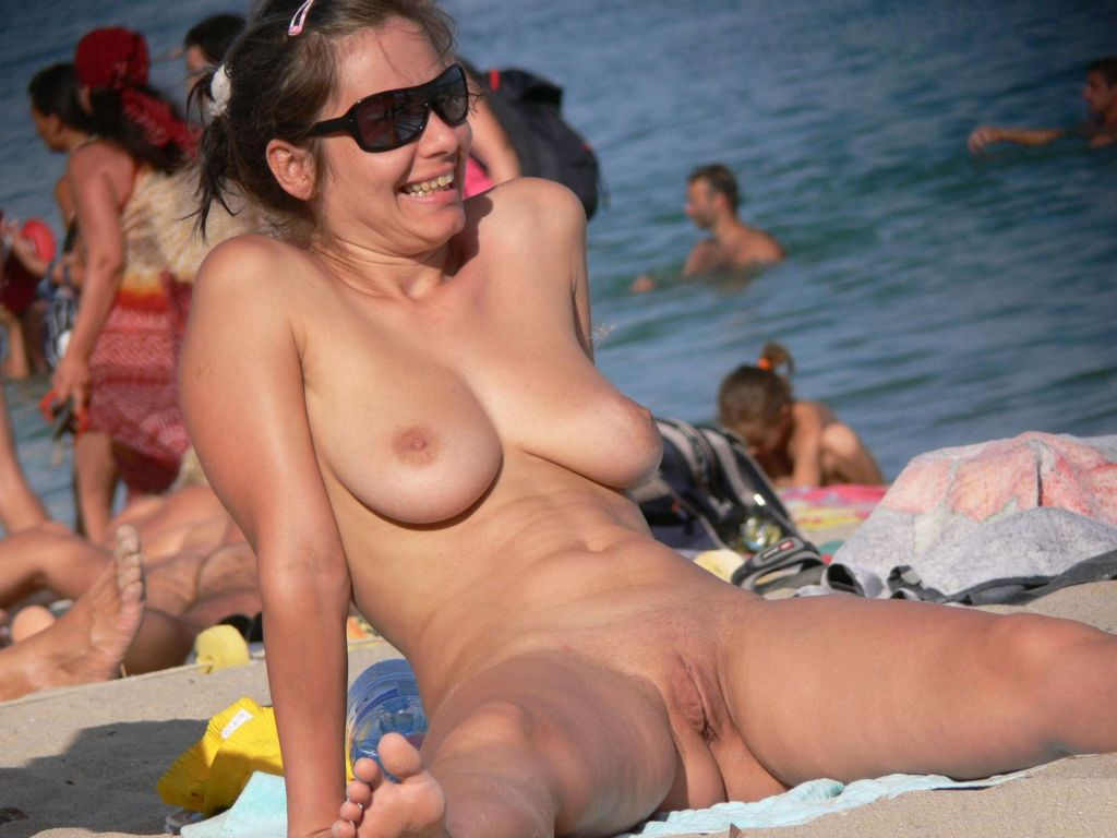 Nude beach games in byron bay blow whistle on naturists personal safety