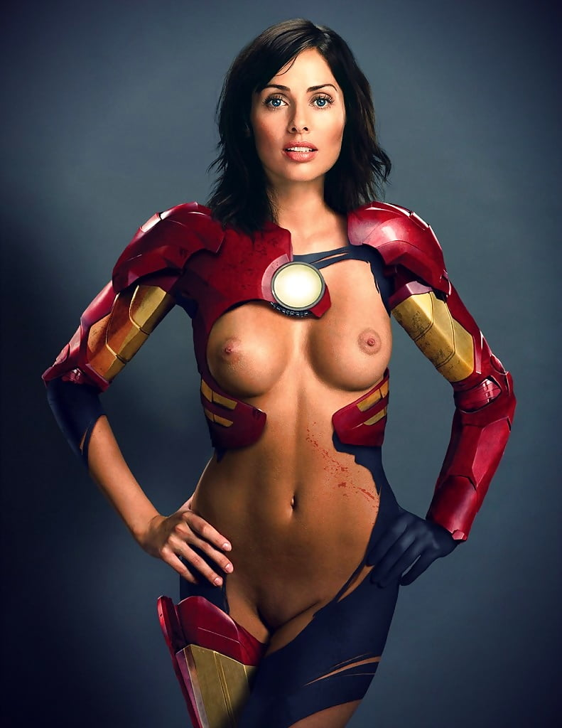 Sexy superhero get naked